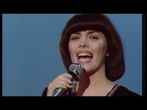 Mireille Mathieu - Une Femme Amoureuse (1981)