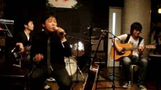This is ''gimme dat clover'' a J-Pop band from Tokyo, playing ''Let...