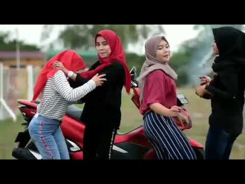 DJ KUBUTUH KASIH SAYANG KUBUTUH PERHATIAN 2018