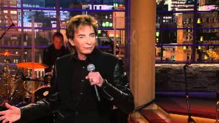 Watch Barry Manilow Work The Room video