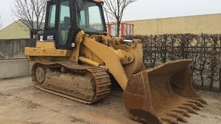 Caterpillar 953C tracked loader working