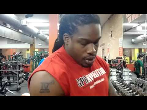 Gym Peters killing shoulders at Pilsen Fitness Center in Chicago, IL [Part 1]