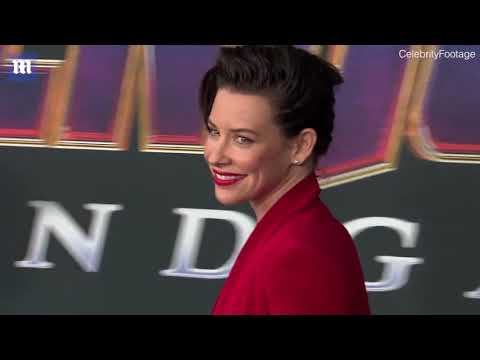 Evangeline Lilly dresses in red suit for Avengers premiere #NewsTrends