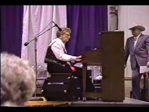 Grandma Oxford  Elkhorn Music Festival mp4 video