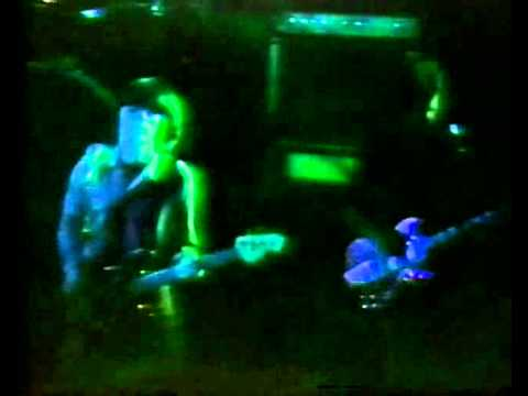 XTC - Hang on to the night - Live at the Locarno, Bristol UK May 13th 1979