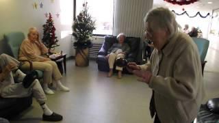 Marie, 100 ans, sur un air de BOSSA !