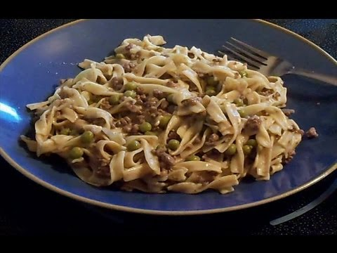 Ground Beef Gravy And Noodles - E53
