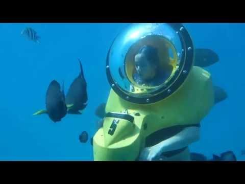 Underwater scooter adventure in Hawaii (HD)