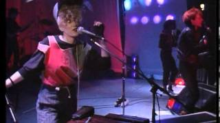 Thompson Twins - Love Lies Bleeding - (Live at the Royal Court Theatre, Liverpool, UK, 1986)
