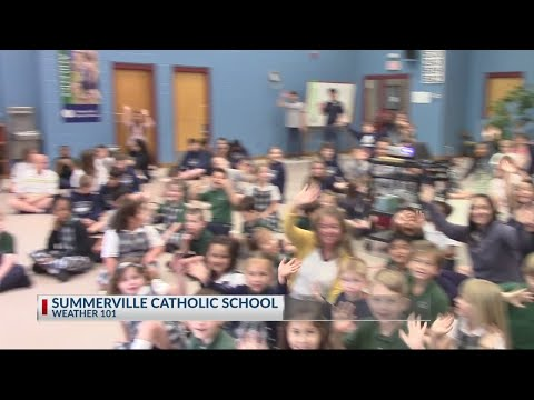 Rob Fowler visits Summerville Catholic School for Weather 101