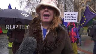 UK: Protesters demand second Brexit referendum outside House of Commons