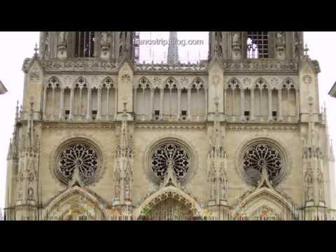 Cathédrale Ste Croix | France Sights | Trip | Tour | Travel