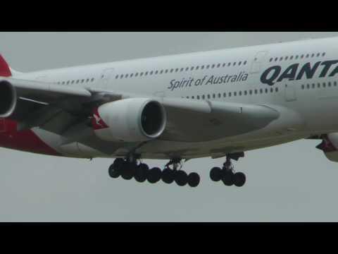 Qantas A380 Flight landing in Dallas from Sydney