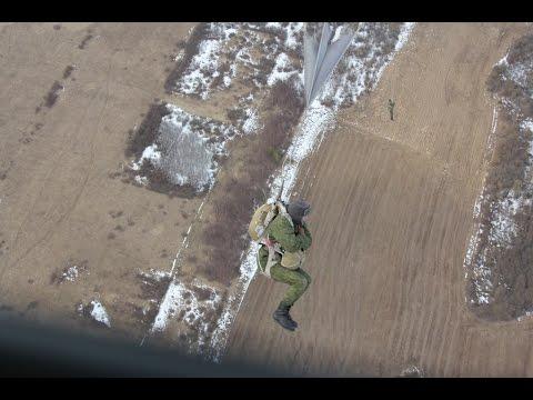 Витебские десантники совершили очередные парашютные прыжки