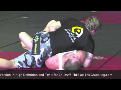 Classic Superfight  Mike Fowler vs. Jeff Glover at 2004 Grapplers Quest 4Man Tournament