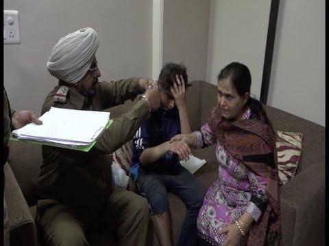 दिल्ली में सिख बच्चे के केस की बेअदबी, भारी रोश