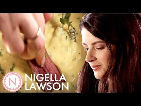 Nigella Lawson's Beef with Simple Sauce Bearnaise
