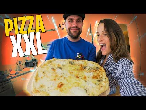 je-tente-de-faire-une-pizza-xxl,-elle-ne-rentre-pas-dans-mon-four-🍕