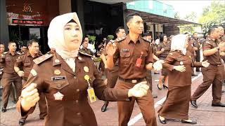 Trailer Yel yel Zona Integritas Menuju WBK & WBBM Kejaksaan Negeri Jakarta Utara