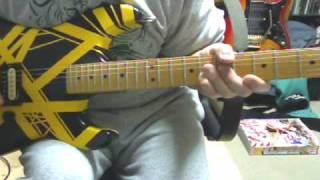 会社の先輩がギターの改造・リペアが得意でVAN HALENモデルを作ってもら...