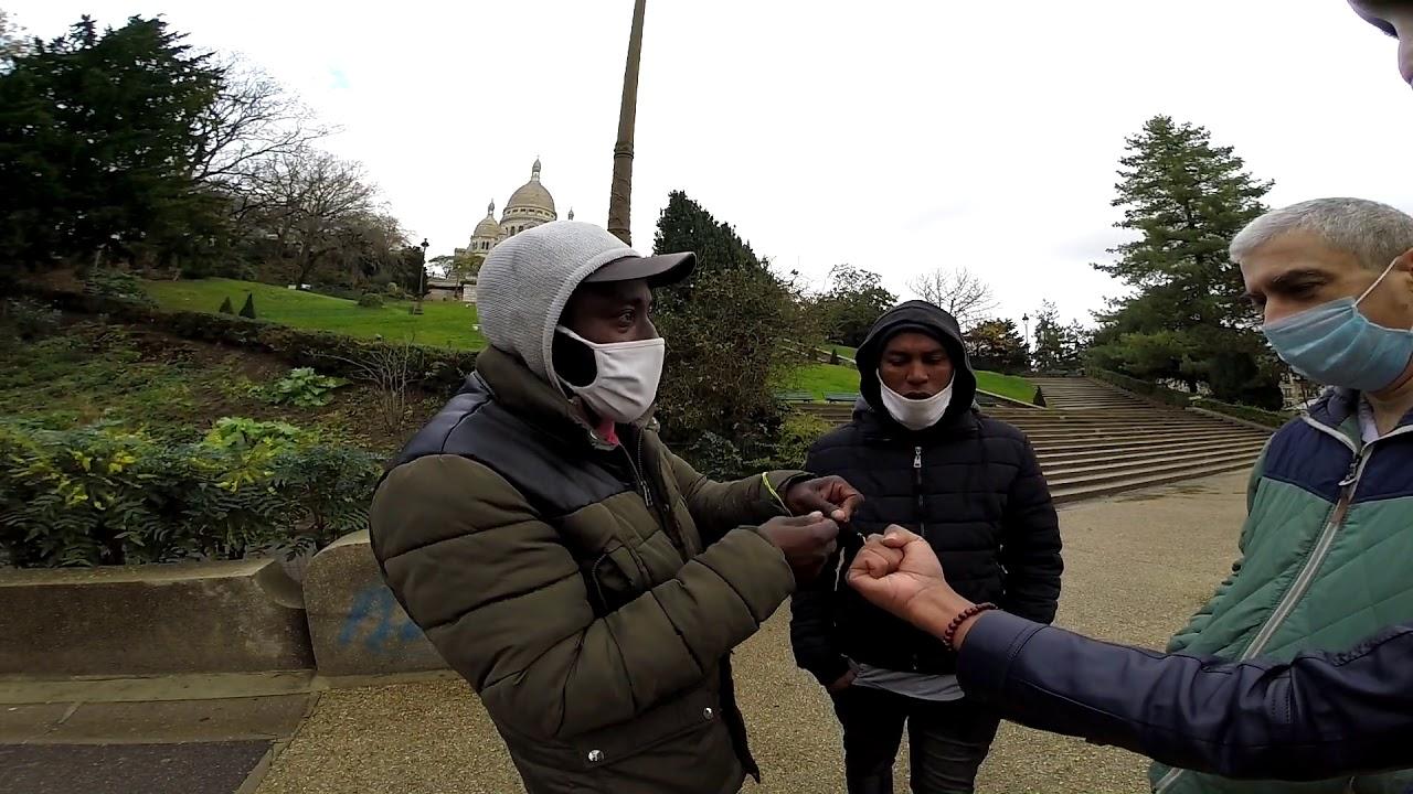 Download Paris Scams: String Men of Sacré Coeur