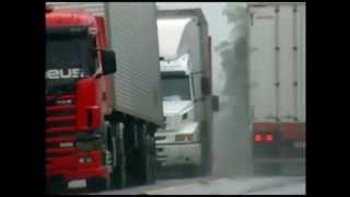 Para Caminhoneiros, duplicação seria a resposta para resolver perigos na Serra do Cafezal...