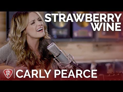 Carly Pearce - Strawberry Wine (Acoustic...