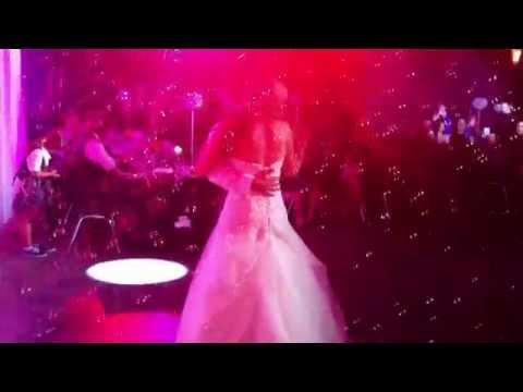 PHP Wedding DJs - Bubbles bubbles bubbles!! - 2