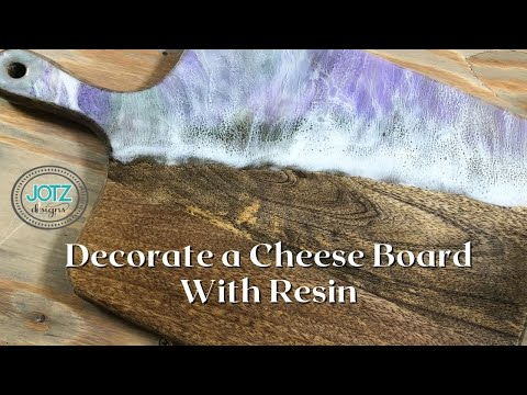 Decorating a cutting board / cheese board / serving board with resin!