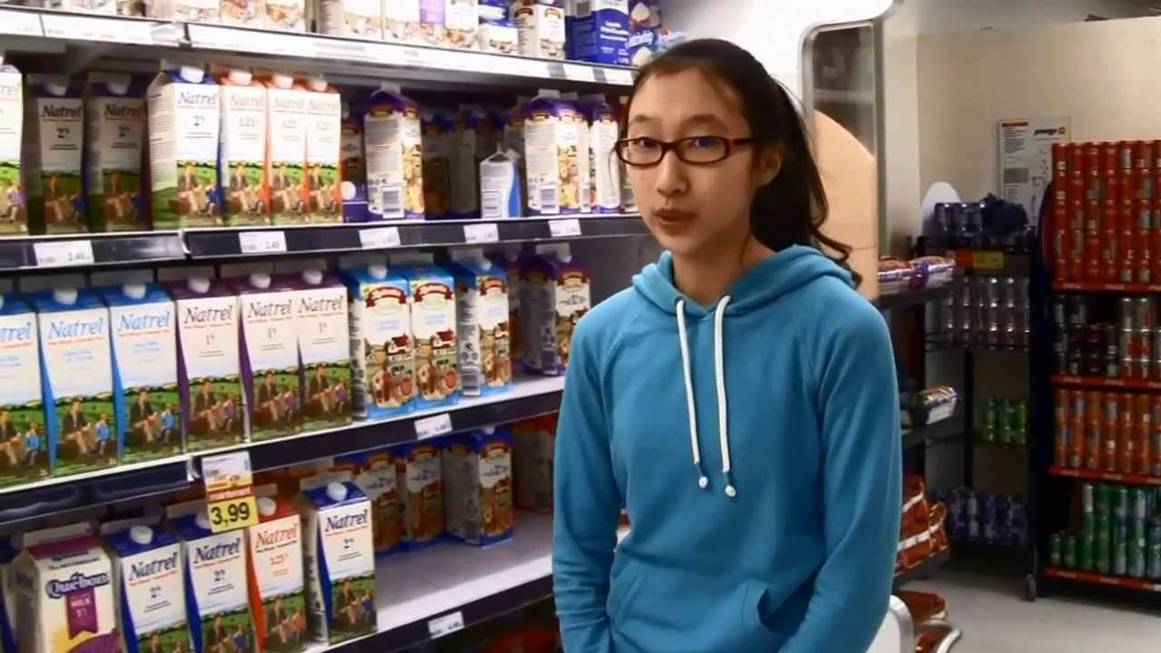 Gaspillage alimentaire (reportage scolaire) - YouTube