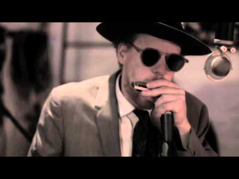 Son Of Dave - Bom Bom (Beatbox Harmonica Cover / Sam And The Womp)   Sonofdavetube