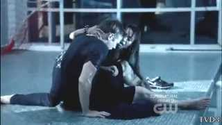 The Vampire Diaries S03.E05 - Bonnie saves UNCONSCIOUS Matt from drowning in pool - (CPR)