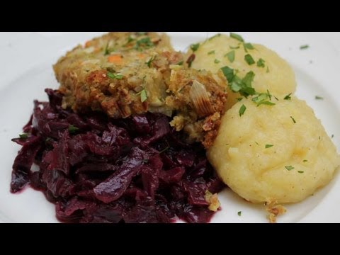 TierheimTV kocht vegan - Maronenbraten mit Rotkohl und Kartoffelklößen