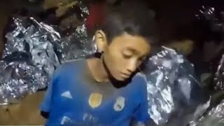 Four more boys pulled from flooded cave in Thailand