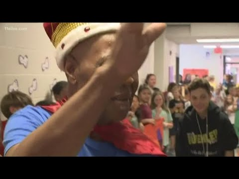 Students say goodbye to 83-year-old beloved custodian