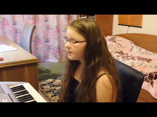 Изображение предпросмотра прочтения – МарияКолобова читает произведение «Белые клавиши (Белые клавиши в сердце моём…)» В.Я.Брюсова