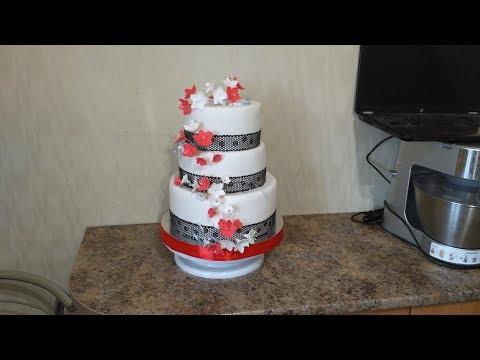 Сборка и украшение трех ярусного торта
