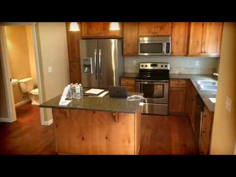 Townhouse for Sale in central Beaverton walk to Nike HQ