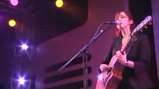 Marlene on the Wall (Live)- Suzanne Vega