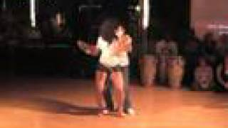 Xtreme Te Extrano ~  Original version ©(This is the first choreography of La Alemana and Ataca Jorgie, and has become a viral hit on Youtube. Bachata has become a worldwide sensation to dance., 2008-05-25T22:06:32.000Z)