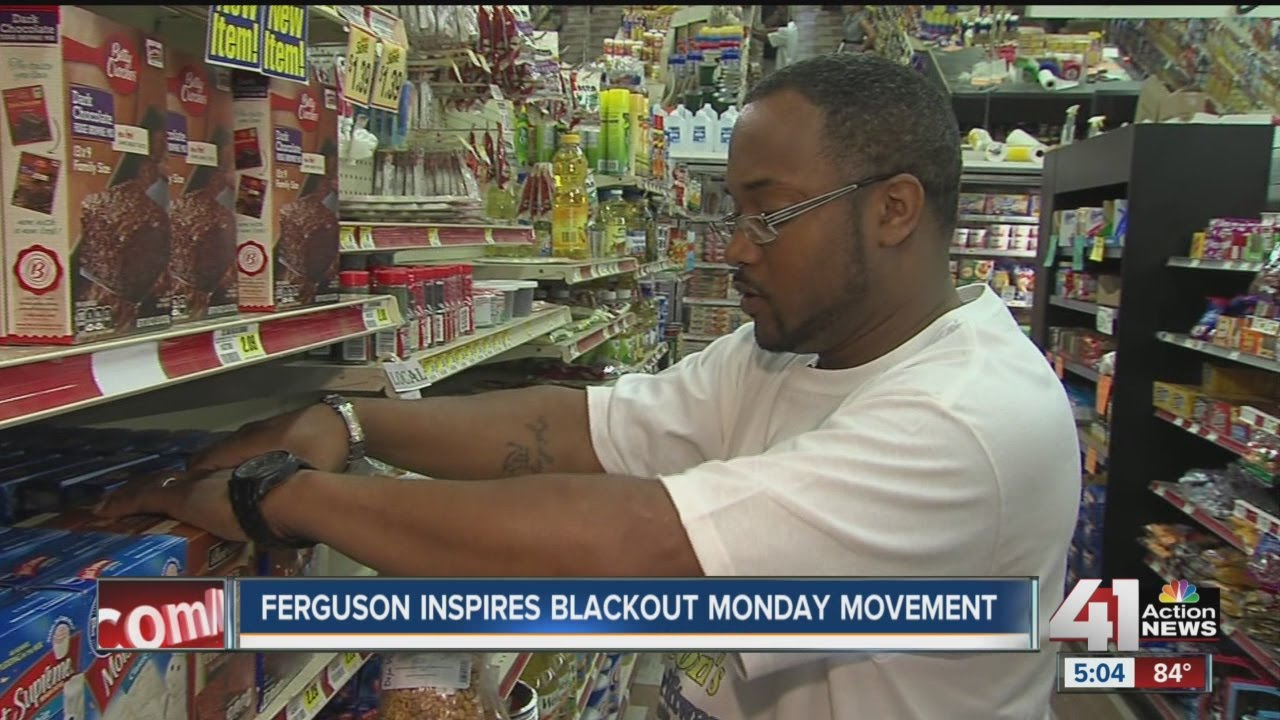 People shopping at black-owned stores for Blackout Monday - YouTube