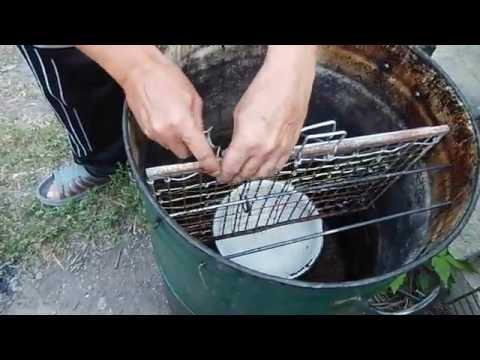 Самодельная коптильня для рыбы горячего копчения в домашних условиях видео.
