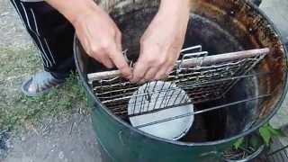 Самодельная коптильня для рыбы горячего копчения в домашних условиях видео.(Самодельная коптильня для рыбы горячего копчения в домашних условиях видео-в этом видео я расскажу вам..., 2015-08-13T13:35:38.000Z)