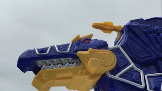 deluxe spino zord review power rangers dino super charge
