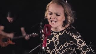 DARIA HODNIK - DOĐE MI DA VRISNEM TVOJE IME (OFFICIAL VIDEO)