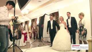 Выездная фотостудия(Выездная фотостудия на Вашей свадьбе. Подробности и цены здесь: http://danilov-wedding.ru/artists_and_musicians/vyezdnaya-fotostudiya Орган..., 2012-03-14T14:01:19.000Z)