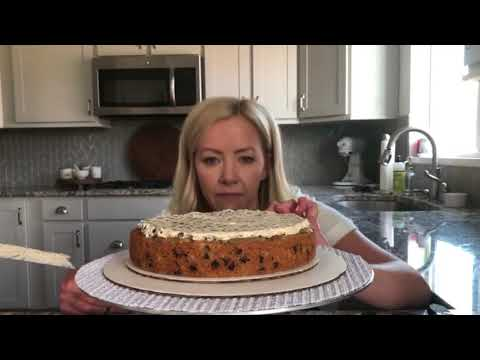 Cake By Courtney: How-To Decorate My Oatmeal Chocolate Chip Cookie Cake