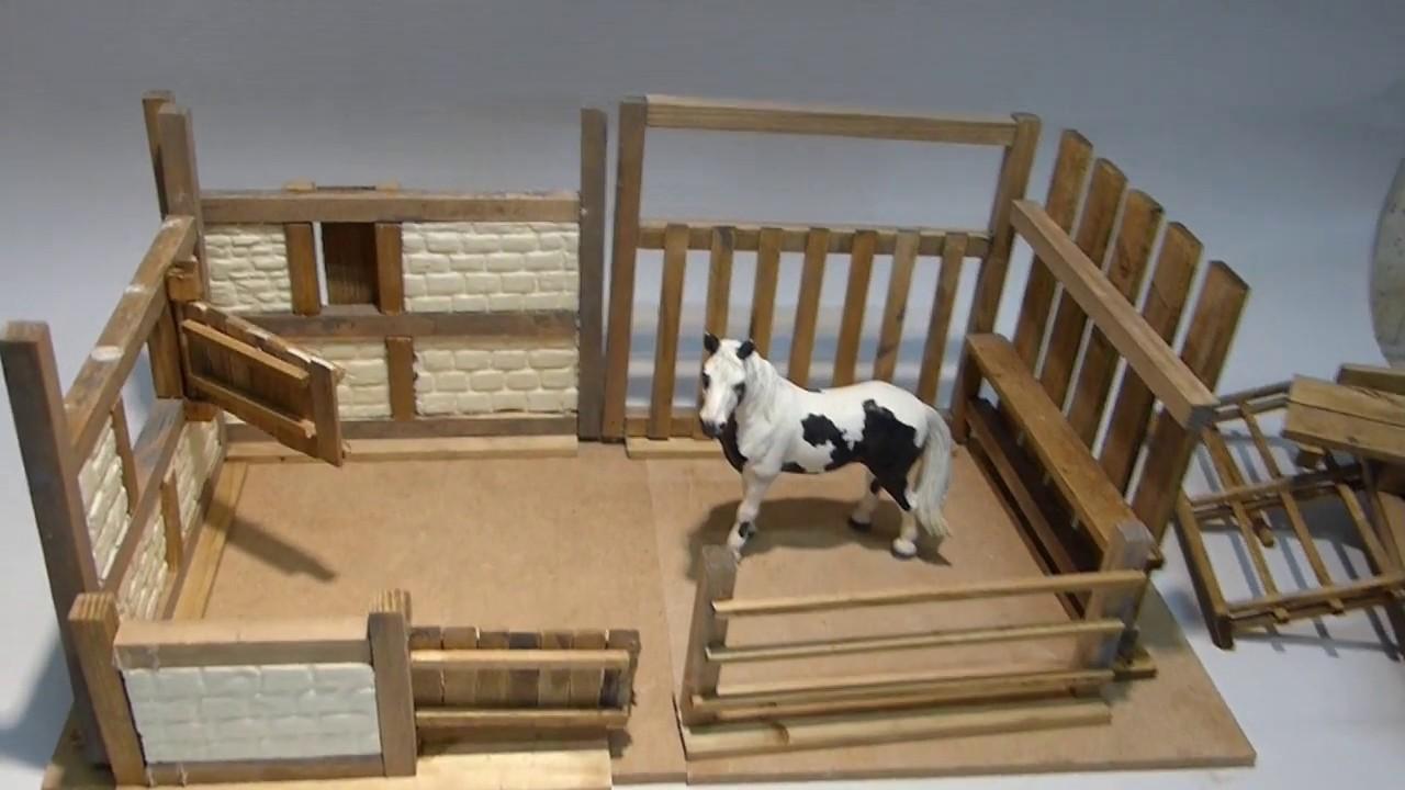 bastelvideo bauanleitung neuer pferdestall mit putzplatz und koppel youtube. Black Bedroom Furniture Sets. Home Design Ideas