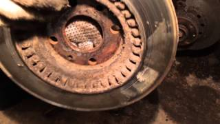 Замена тормозных дисков на ваз.  Меняем передние тормозные диски.