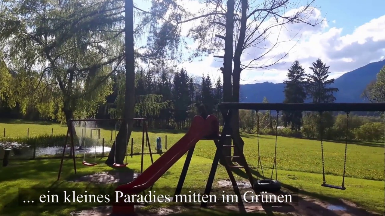 Hüttenland | Pension Waldcafe Köfler am Wildgehege in Tirol - YouTube